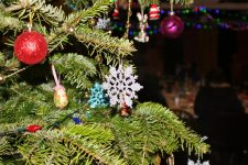 Getting Through Christmas and New Year Holidays with Kids After Divorce