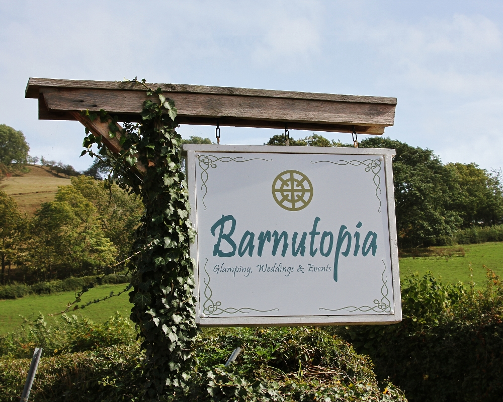 Barnutopia Glamping, Weddings and Events