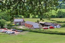 Farm wedding at Barnutopia