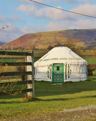 Yurt Carianne and view
