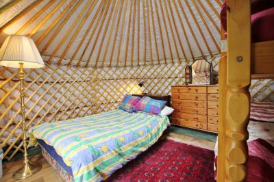 Fully furnished yurt Carianne