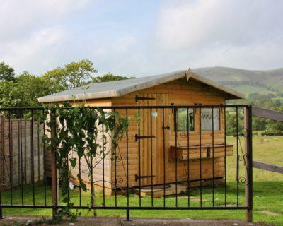 Cabin Connie at Barnutopia