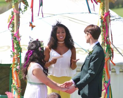 Legal marriage ceremony at Barnutopia