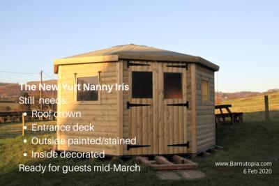 Wodden yurt Nanny Iris