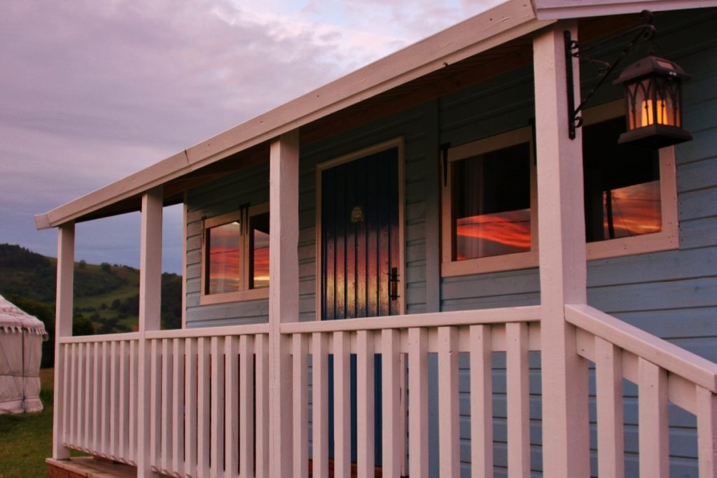 39 reasons: Sunset reflecting off Ranch House Ray