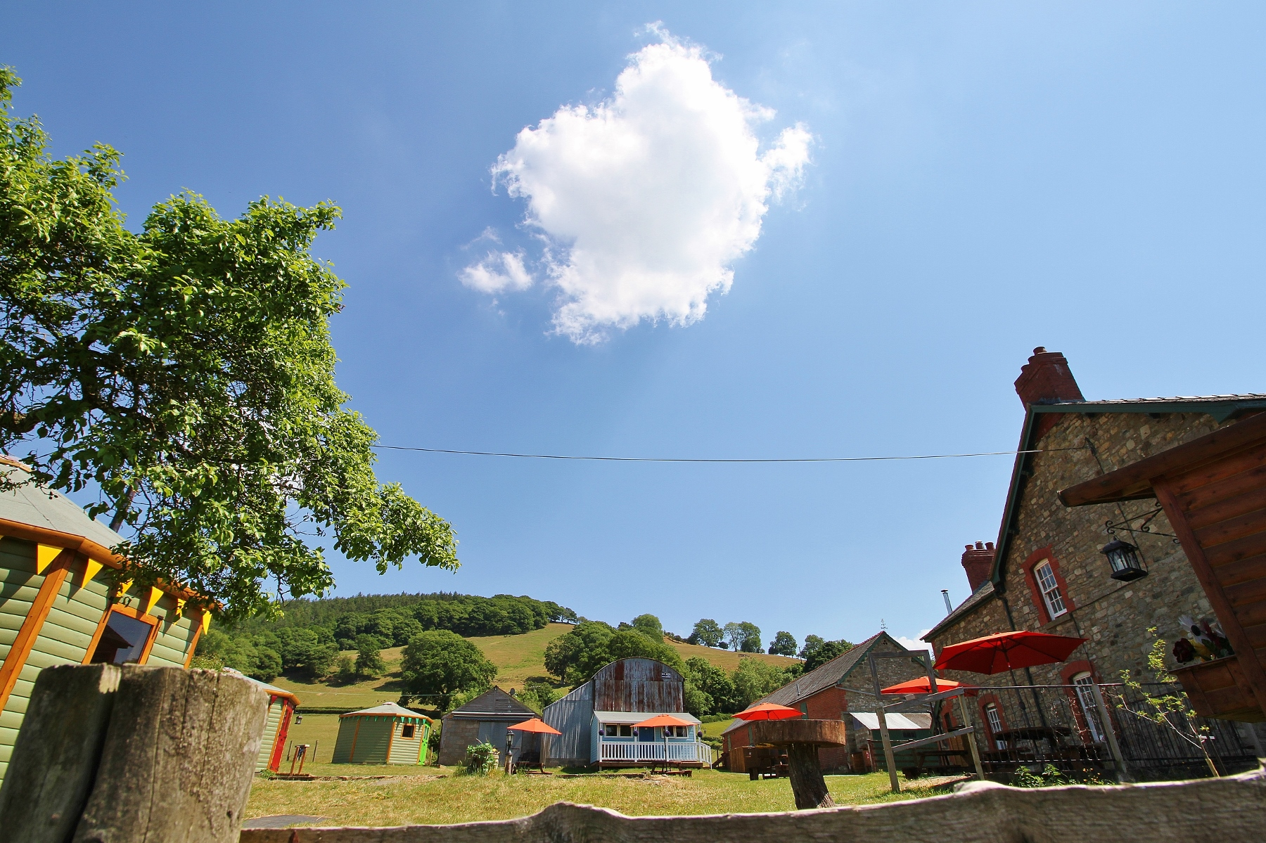 Summer glamping at Barnutopia