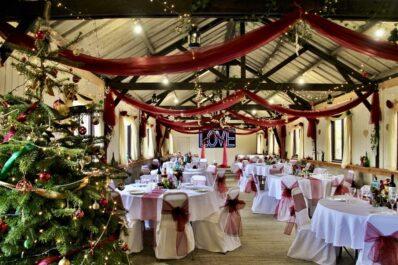 Winter weddings at Barnutopia